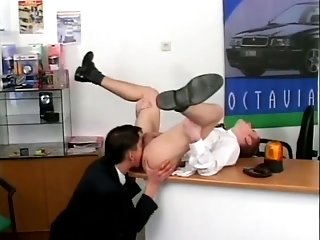 Blonde queer fucks his brunette buddy's butt in an office