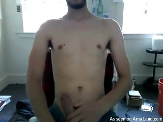 Teen Guy Jerking Off To The Webcam